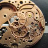 ETA社の自動巻き時計とオメガ婦人物手巻き時計を修理です