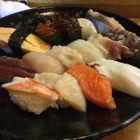 お寿司は外せません。
