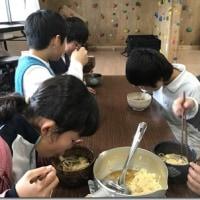 ▲児童クラブれんこん村の楽しい「手作りおやつタイム」