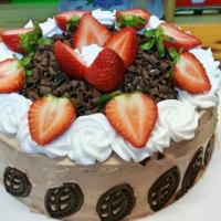 士多啤梨朱古力蛋糕