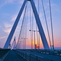 夕暮れの此花大橋