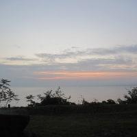 ソラ―ジュ露天風呂にて日の出を待つ