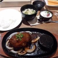今日は幻の尾崎牛ハンバーグ~~!