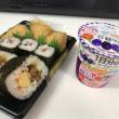 今日のお昼ご飯 寿司セットミニ