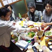 宮崎県えびの市 島内のH地区。ご近所の女性が集まって 5月の誕生会をしました。