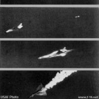 F-16戦闘機がドローンを撃つ―デンマーク空軍