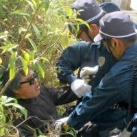 「どこつかんどんじゃ。土人が」 機動隊員が沖縄で暴言 芥川賞作家に