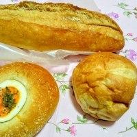 パンの差し入れ