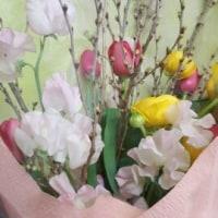 本日のプレゼント色々ーお花、お菓子、ケーキなど