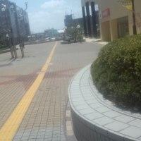 泉中央駅前