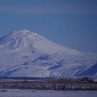 アイスランドの旅(3)・・・ヘクラ山、スコガの滝、黒色海岸