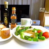 大阪中津はノモトファーム産水耕栽培の唐辛子、ワサビ、ピーマン、ミニトマトで食卓は賑やか