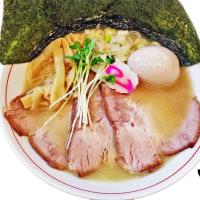 麺雲雀(ひばり)@ふじみ野市 颯龍麺さんの跡地のカウンターだけのお店!大きな叉焼が旨いね~。