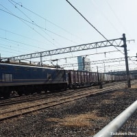 冬の青空の下でEF510-515