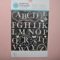 ステンシルのアルファベットはマーサスチュワート・アルファベット<shopWA・ON>