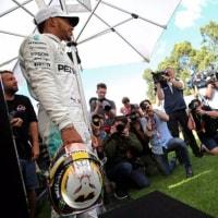 F1 Topic:メルセデスが警戒するライバルの動向、レッドブルは新パーツ投入か