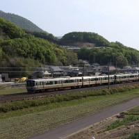 予讃線の普通列車も撮影~讃岐府中付近にて_17/04/22