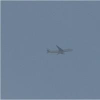 2016年12月4日,上空を飛ぶ 飛行機