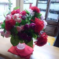 玄関の花がかわりました