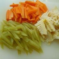 たっぷり筍と蕗の山菜ちらし寿司♪
