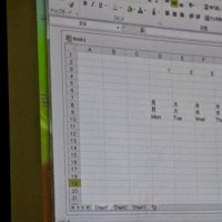 パソコンサークルとパソコン講習会のお手伝い