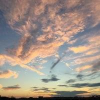 10月中旬の夏日と夕焼け空。
