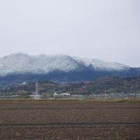 筑波山が雪化粧していた。