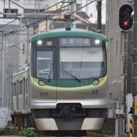 多摩川線 新7000系 7107編成と7103編成 鵜の木~下丸子間にて