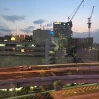 横浜の夜景と一緒にコーヒータイム