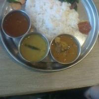カレーの「ネパール料理」は「スルエシー」は