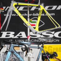 BASSOの個性的なデザインを是非見に来てください!