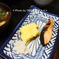 揚げ玉ブロッコリ味噌汁と納豆だしまき