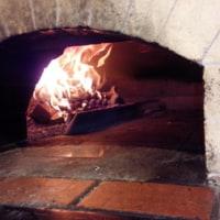 ピッツァの薪窯