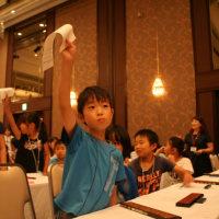 """【ただ見入る!唖然!!】驚異の速さ!そろばん日本一決定戦 全国からそろばんの達人たちが集結した日本一決定戦。大阪を舞台に、コンマ1秒を競い合う姿は、まさに""""計算の格闘技""""。"""