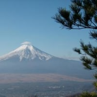 富士山も冬山になりました。
