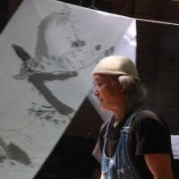 五月の風の下、神楽の絵・大作5点を仕上げた[風のアート・野のアート<36>]
