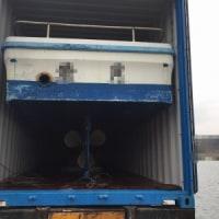 解体間近の 不使用船 第二の船生へ