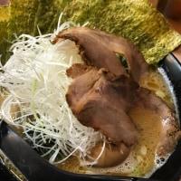 虎哲の担々麺と豚骨番長の醤油番長