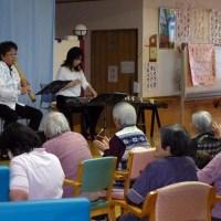 南砺市の施設へボランティア演奏に行って来ました。