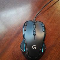 Logicool G300s は左右同型(左利きも使える)多機能マウス