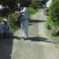 合間を縫って 穴山5の肥料撒きと耕起
