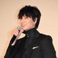 「ウシジマくん」舞台挨拶の綾野さん ショートカットも超お似合い
