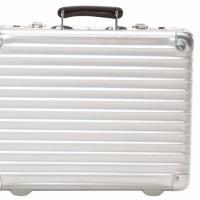 3月23日(木)のつぶやき 出張カバン RIMOWA リモワ アタッシュケース 予算オーバー メンズ用ビジネスバッグ
