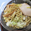 お昼はセブンの「とみ田のつけ麺」