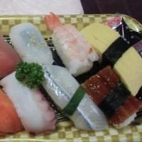 パック寿司食べ歩き