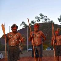 豪先住民指導者が聖地「ウルル」で会合、憲法での認知望むか協議
