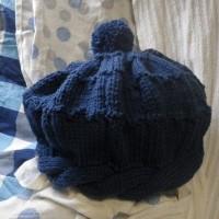 なわ編み横づかいの帽子できた