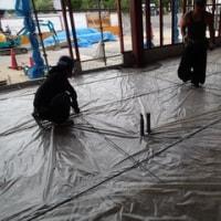 防湿シート敷き込み