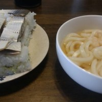 お昼は押し寿司