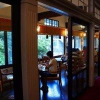 箱根富士屋ホテルにアップルパイドライブ